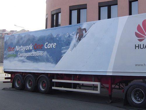 Huawei - polep kamionu
