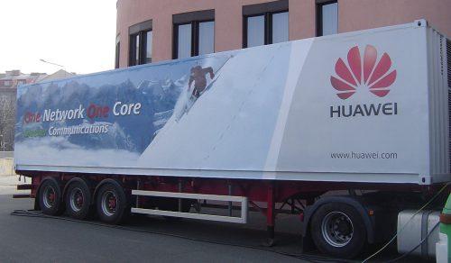 Huawei - polep kamionových návěsů